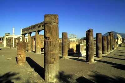 Gradovi zaboravljeni u vremenu - Pompeji Pompeja1