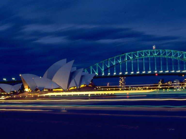 Australija 24