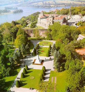 Znamenite gradjevine grada Beograda Kalemegdan1